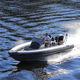 bateau pneumatique hors-bord / semi-rigide / à console centrale / max. 8 personnes