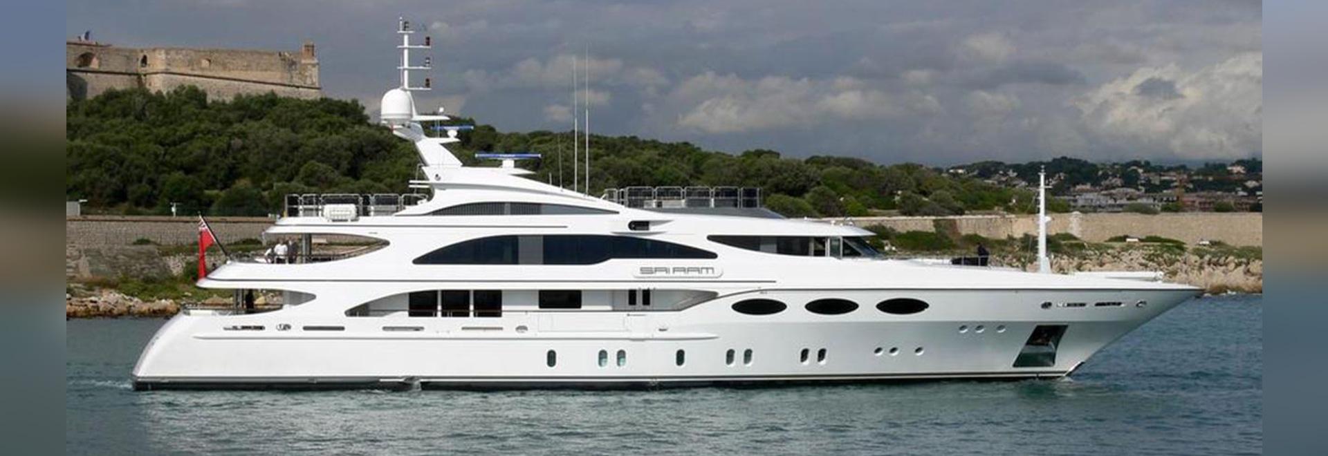 """le faucon de 52m Benetti a remis en état dans le """"yacht de partie"""""""