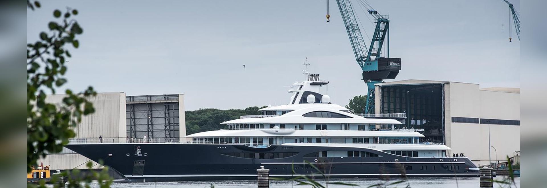 le projet TIS de superyacht de 111m a lancé par Lürssen