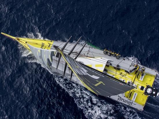 Nouvelles installations d'approvisionnements du sud de longerons à la flotte de Volvo Ocean Race
