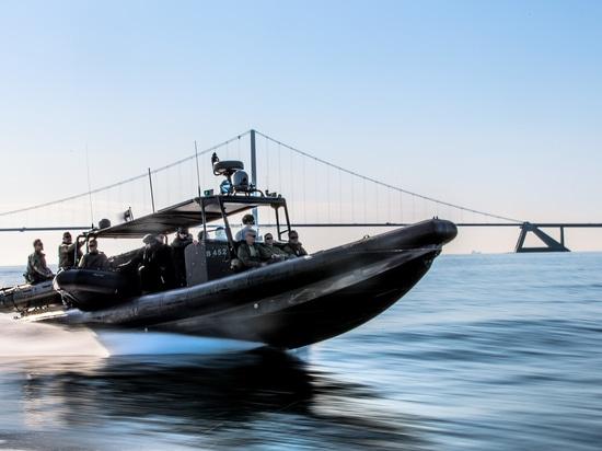 34 opérations spéciales RHIBs pour les EAU