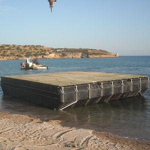 ponton flottant / de travail / pour l'aquaculture / en polyéthylène