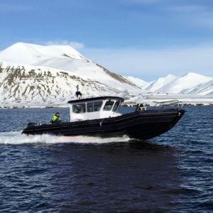 bateau de transport de troupes