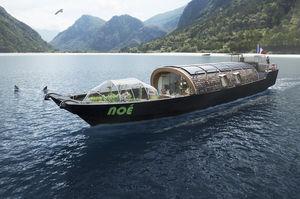 motor-yacht de grande croisière