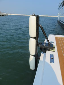 pare-battage pour yacht