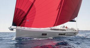 sailing-yacht de croisière / cockpit ouvert / 3 ou 4 cabines / bout-dehors