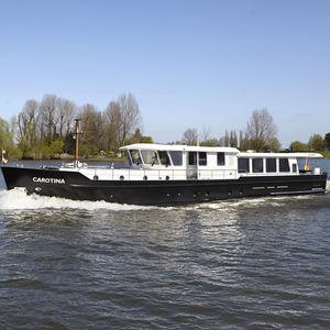 super-yacht pour navigation fluviale