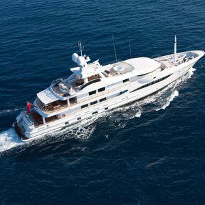 mega-yacht pour expédition / avec timonerie / pont arrière multifonction