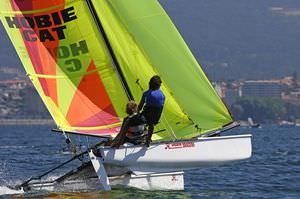 catamaran de sport de régate
