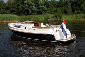 cabin-cruiser in-bord / open / fluvial