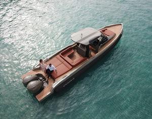 bateau pneumatique diesel