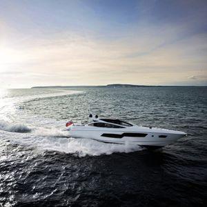 motor-yacht haute performance