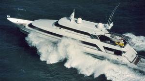 motor-yacht de luxe de croisière