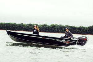 barque hors-bord