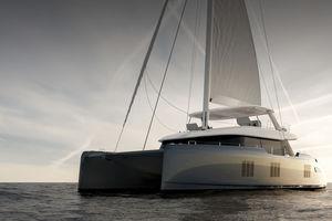 sailing-yacht catamaran / de croisière / à fly / 6 cabines