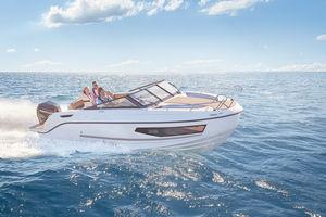 cabin-cruiser hors-bord