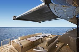 taud de soleil pour yacht