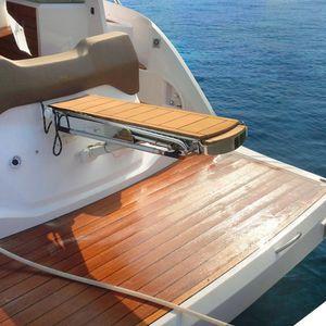 passerelle pour bateau