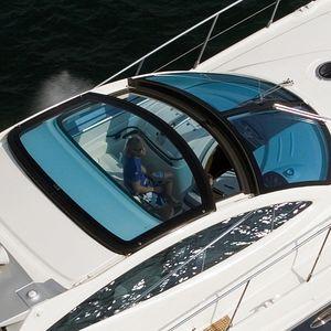 hard-top pour bateau à moteur