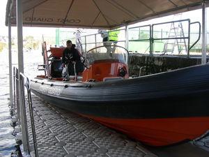 abri pour bateau