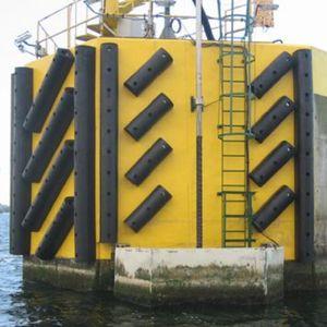 défense pour port / marine / de quai / en forme de D