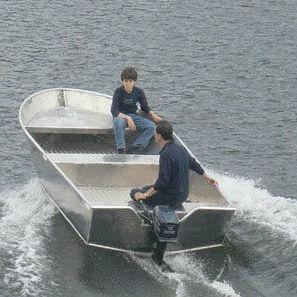 barque hors-bord / open / de pêche sportive / en aluminium