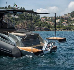 plateforme pour yacht