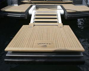 plateforme pour yacht / pour bateau / multifonction / de baignade