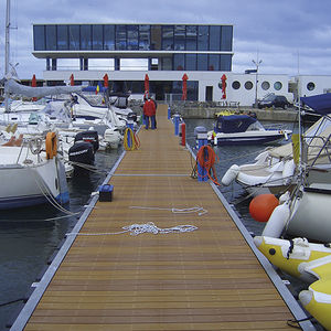 ponton flottant / d'amarrage / pour marina / pour port