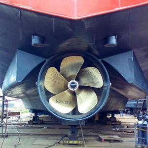 hélice pour navire