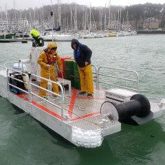 bateau de travail / hors-bord / en aluminium / coque rigide