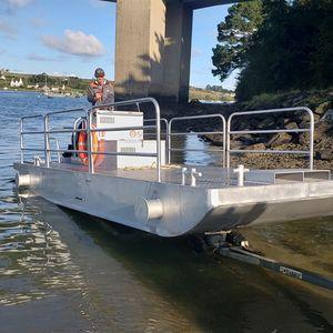 barge de travail