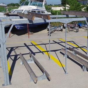 râtelier pour bateau / de stockage à sec