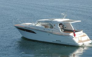 cabin-cruiser in-bord