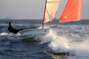 dériveur solitaire / skiff / de régate / cat boat