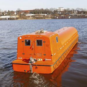 canot de sauvetage fermé