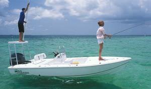 flat boat hors-bord