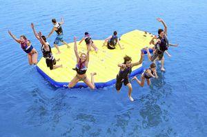 jeu aquatique île / gonflable