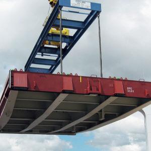 panneau de cale pour navire cargo