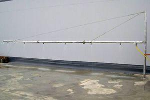 système de pulvérisation à bras / de dispersant / monté sur bateau / pour pollution aux hydrocarbures