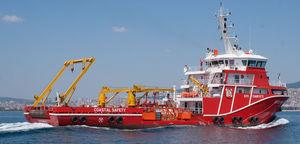 navire polyvalent baliseur