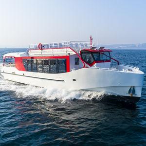 bateau professionnel bateau à passagers / hybride diesel-électrique / en aluminium