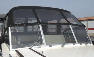 pare-brise pour bateau