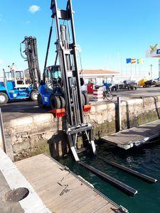 chariot élévateur pour port