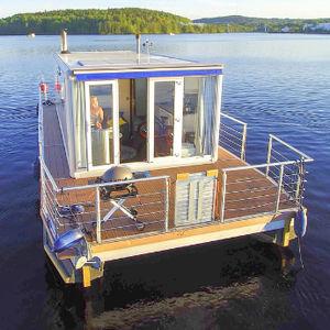 bateau maison catamaran / hors-bord / max. 4 personnes