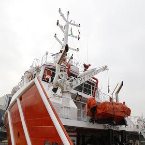 bossoir pour bateau de sauvetage / pour radeau de survie / hydraulique / électrique