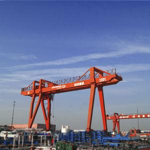 grue pour chantier naval / à portique / double