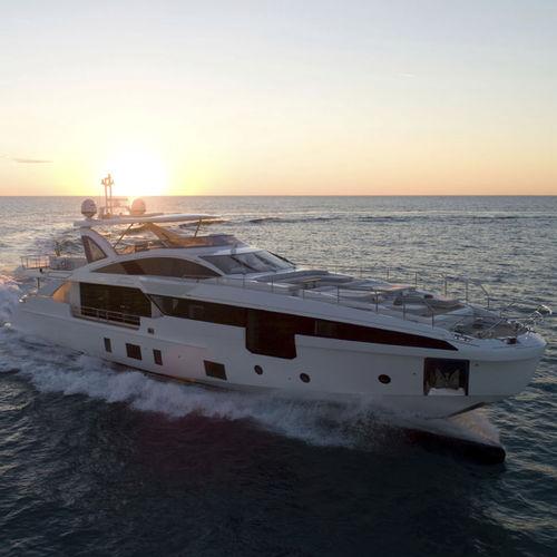 super-yacht de croisière / à fly / en carbone / PRV