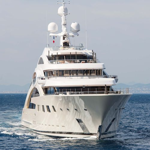 mega-yacht de croisière / raised pilothouse / avec héliport