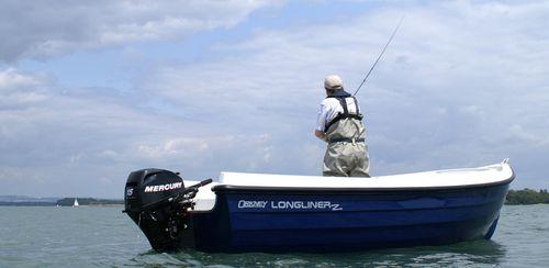 barque hors-bord / de pêche sportive